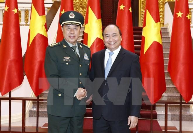 阮春福总理会见中共中央军委副主席范长龙