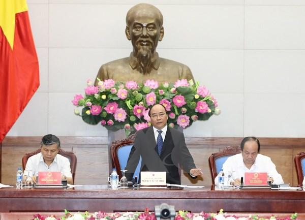 阮春福总理:行政审批制度改革的首要任务是促进经济增长