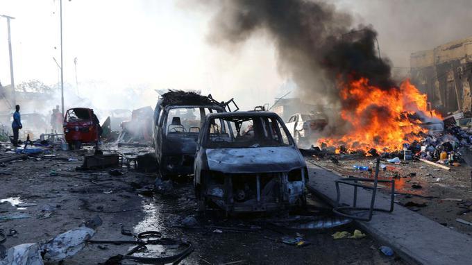 索马里首都汽车炸弹袭击死亡人数升至230人