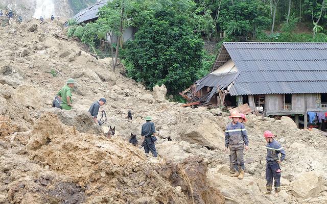 全国暴雨洪灾伤亡人数增至102人