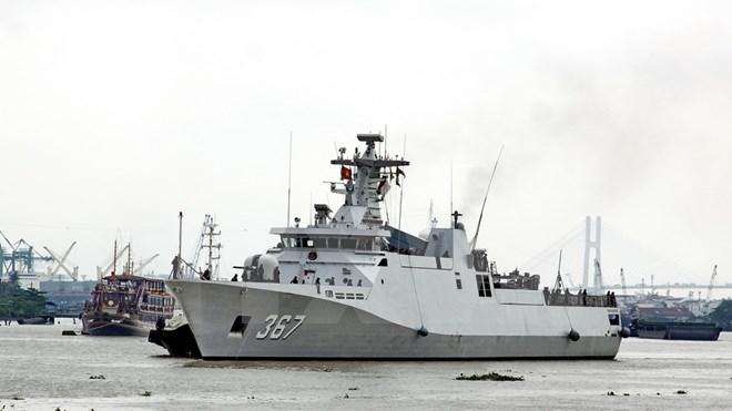 印尼海军舰艇编队访问胡志明市