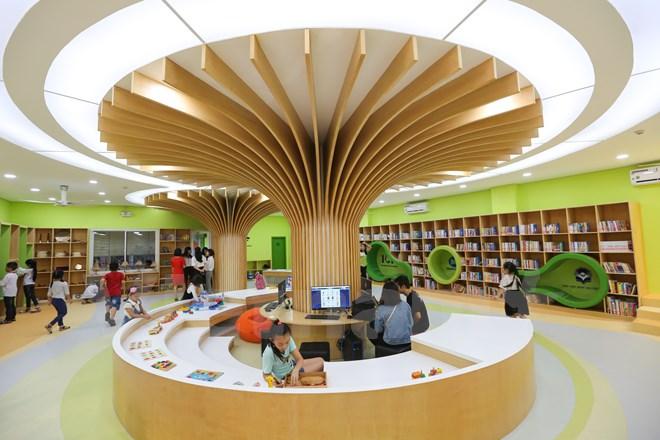 越南首个五星级图书馆今日开馆