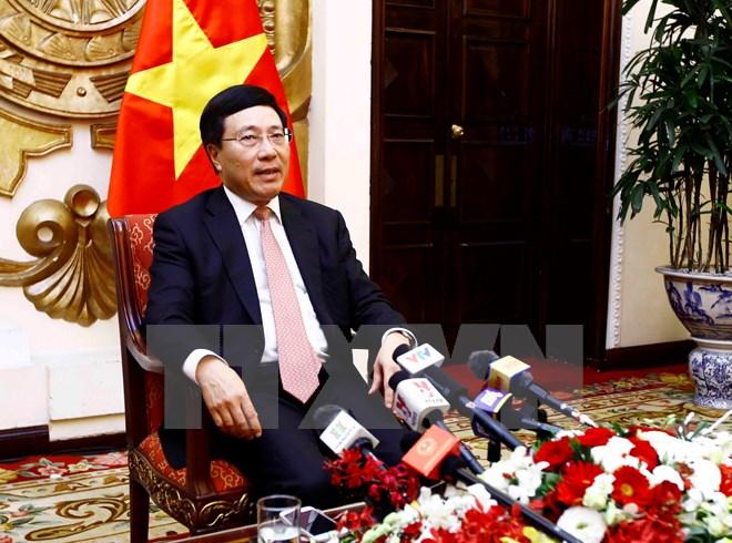 越南政府副总理兼外交部长范平明通报APEC 2017结果