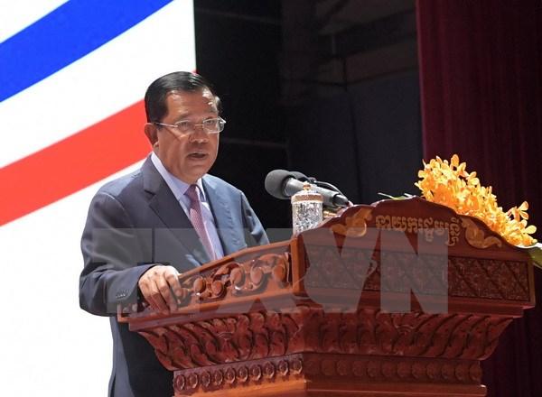 柬埔寨首相洪森将率团赴越出席2017年APEC领导人非正式会议