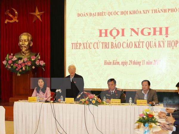 越共中央总书记阮富仲会见河内市选民