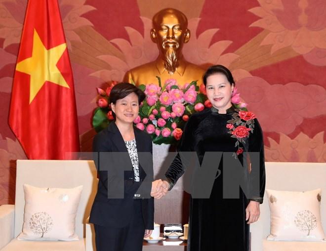 越南希望与新加坡加强合作
