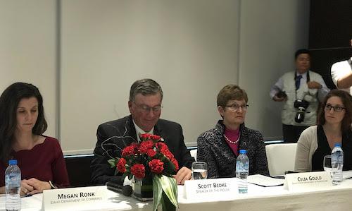 美国高级贸易代表团赴越寻找贸易合作伙伴