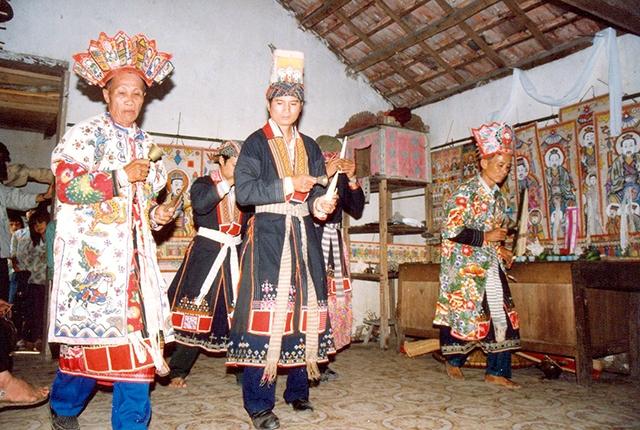广宁省横蒲县的瑶族同胞:度戒仪式具有最重要的意义