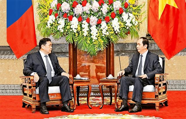 国家主席陈大光会见蒙古国国家大呼拉尔主席