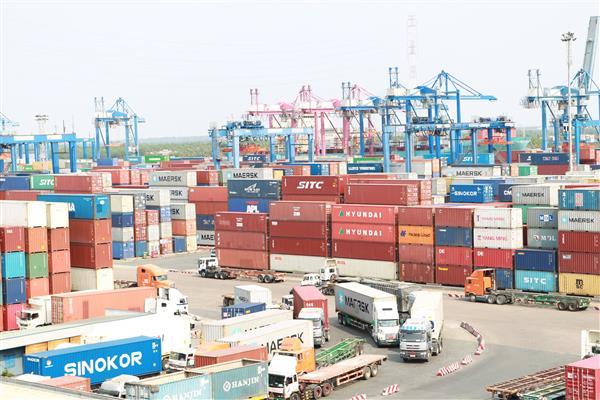 2017年胡志明市的商品出口额达355.5亿美元