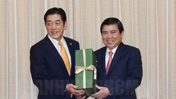 胡志明市和日本爱媛县加强合作