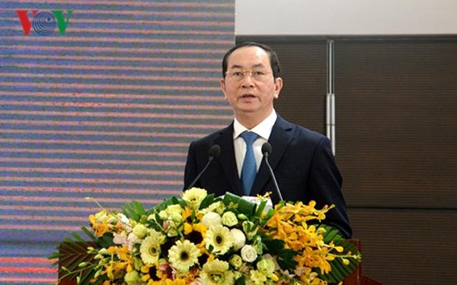 国家主席陈大光:越南企业家要奋发向上、力求创新