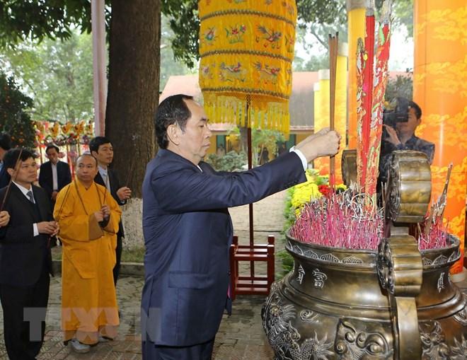 国家主席陈大光出席新春敬香祭祖仪式