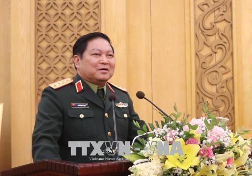 吴春历大将走访人民军总政治局和总后勤局