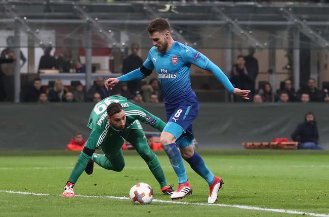 欧联-姆希处子球+中楣 厄祖2传 AC米兰0-2阿森纳