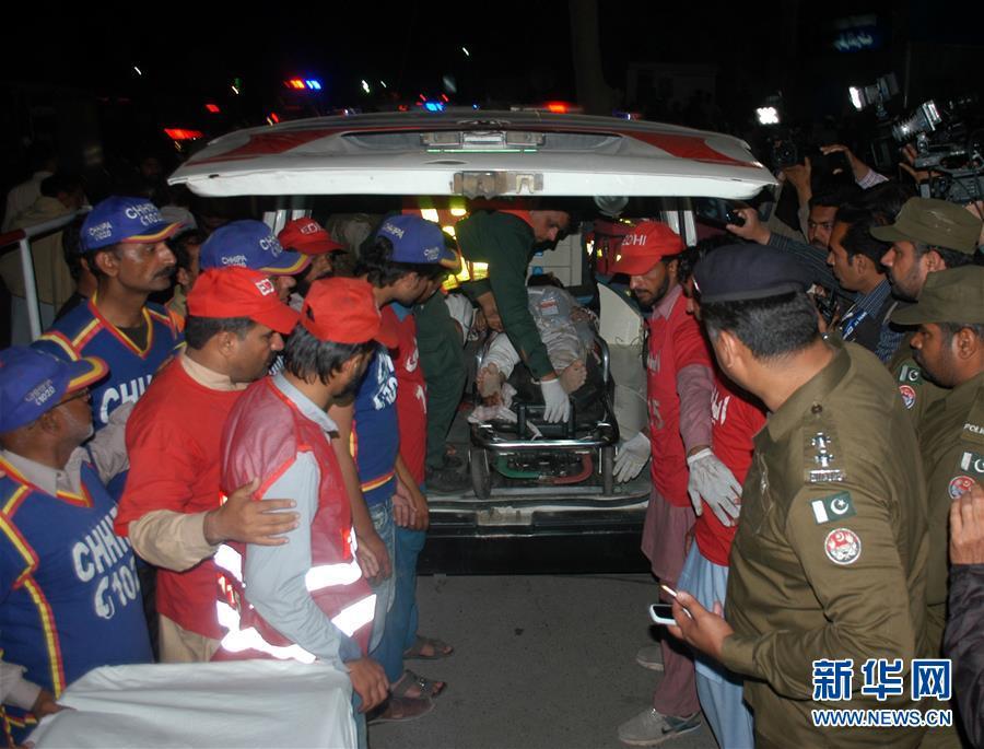 巴基斯坦一检查站遭自杀式爆炸袭击致9人死亡