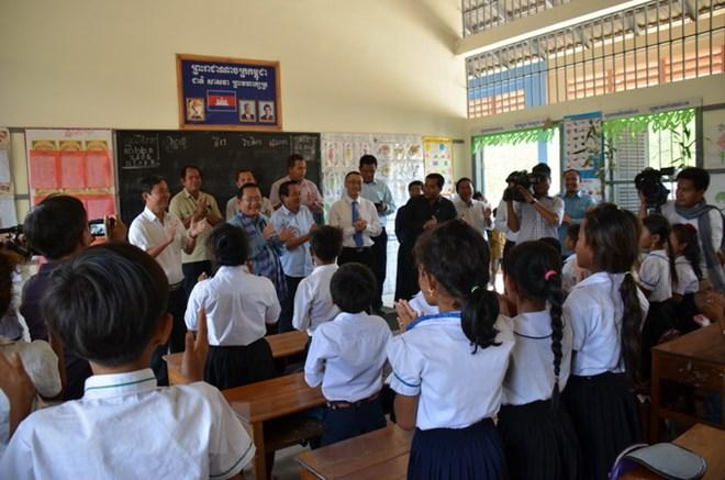柬埔寨对越南橡胶公司的贡献予以好评