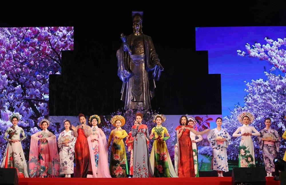 2018年越日文化交流活动拉开序幕