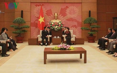 越南国会与缅甸联邦议会友好合作关系日益得到巩固与发展