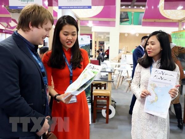 越南地图展在柏林国际旅游展上举行