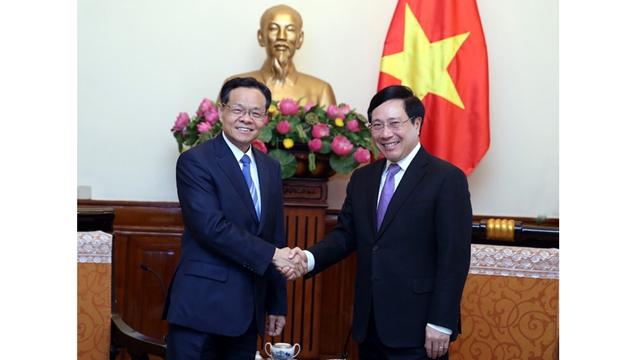 越南政府副总理兼外长范平明会见中国广西壮族自治区主席陈武