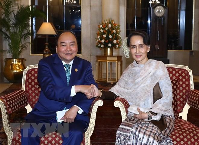 紧系越南与缅甸全面合作伙伴关系