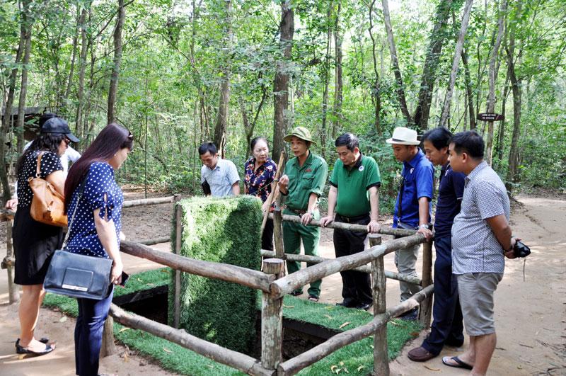 集中吸引游客赴胡志明市观光旅游