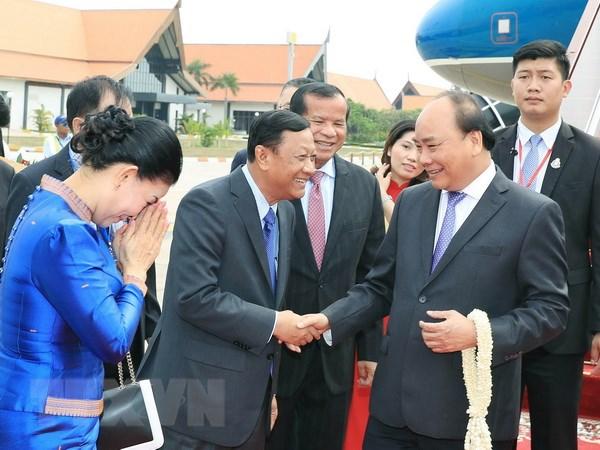 政府总理阮春福抵达暹粒省  开始出席湄公河委员会峰会之行