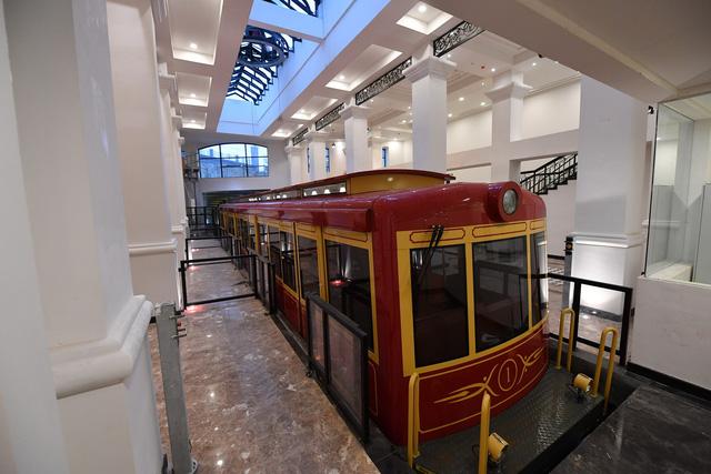 越南最长登山铁路正式在老街省沙巴投入运营