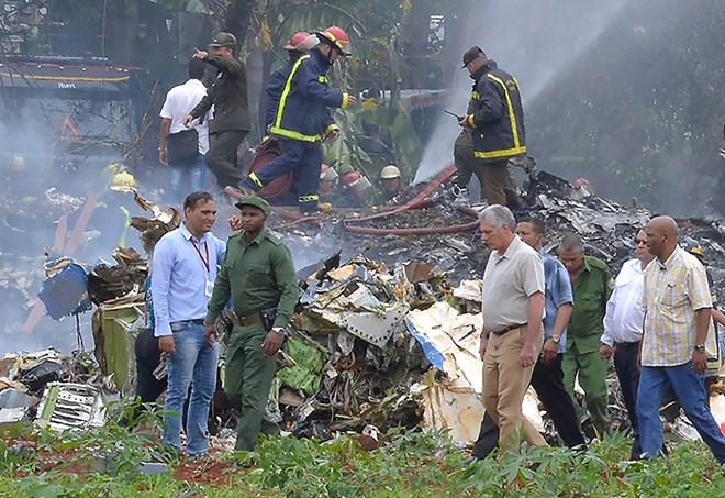 越南领导人就古巴客机坠毁事件向古巴领导人致慰问电