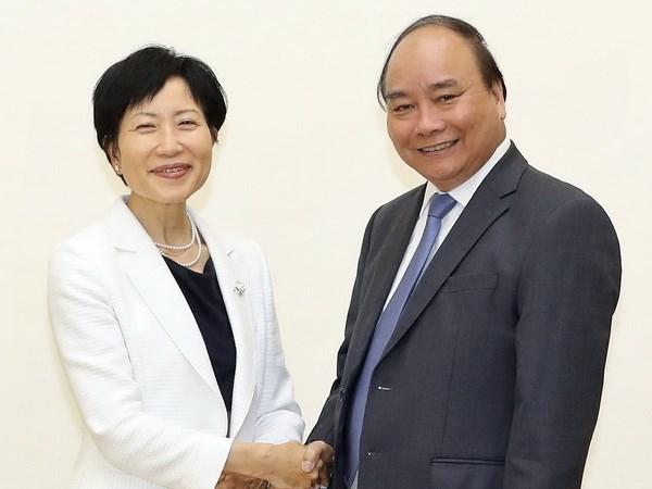 阮春福总理会见全球环境基金首席执行官