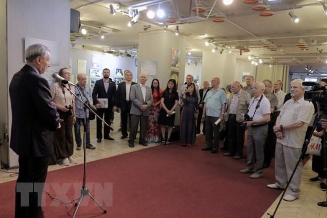 有关胡志明主席的展览在莫斯科开展