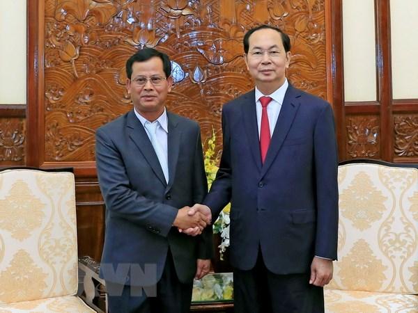 国家主席陈大光会见老挝公安部副部长