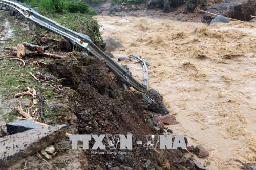 政府总理要求北部山区和丘陵地区各省集中开展抢险救灾和灾后恢复重建工作