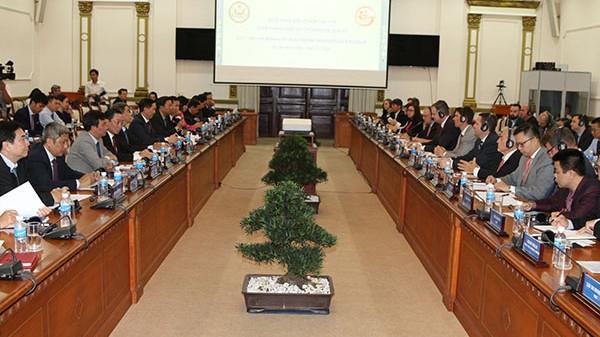 胡志明市与美国企业推动医疗合作