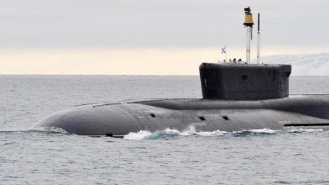 俄海军测试新型水下救援深潜器