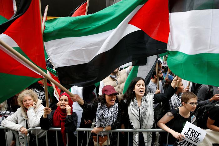 联大通过旨在保护巴勒斯坦平民的决议