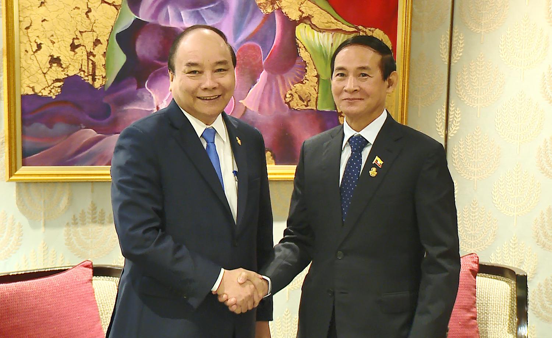 阮春福总理与柬老缅三国领导人举行会晤