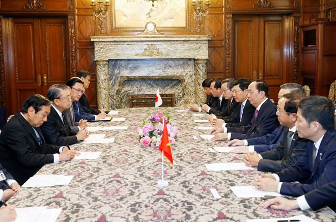 越南国家主席陈大光会见日本国会众议院议长大岛理森