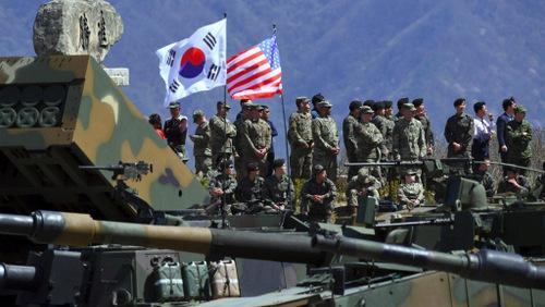 美国防部宣布暂停8月美韩联合军演