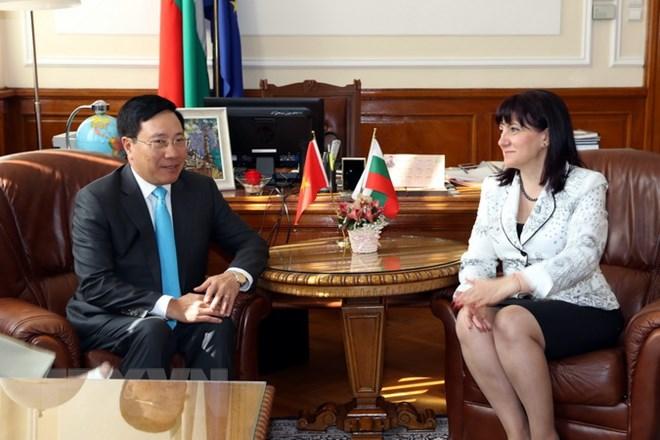 越南与保加利亚努力深化务实合作