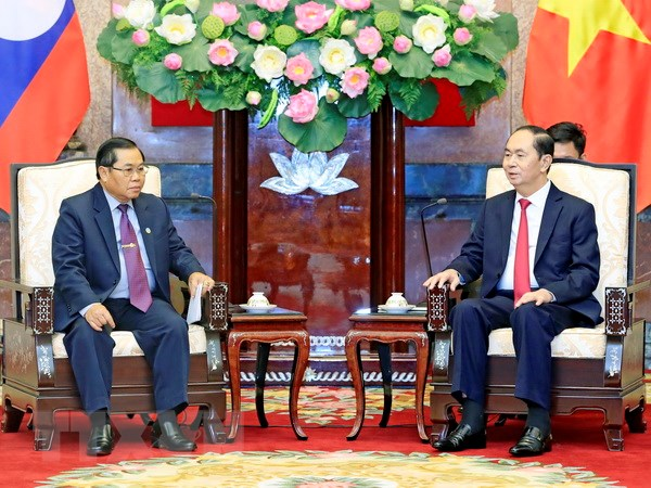 国家主席陈大光会见老挝国会副主席森暖