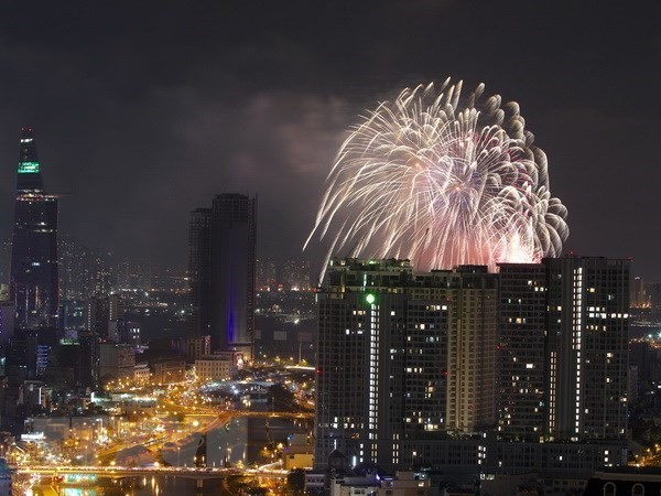九•二国庆节胡志明市将在两个地点燃放烟花