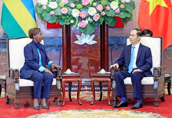 越南与卢旺达和几内亚愿扩大多领域合作关系