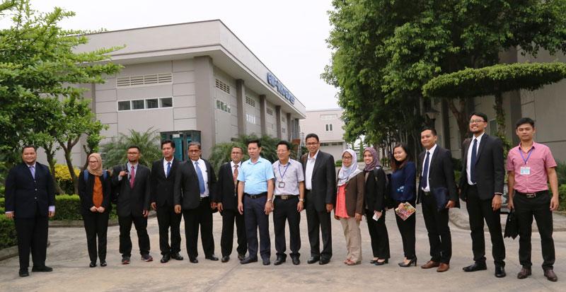 印尼投资协调委员会代表团赴北宁省了解工业区引资经验