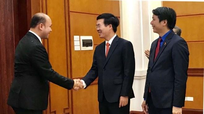 越南一向重视发展与柬埔寨的关系