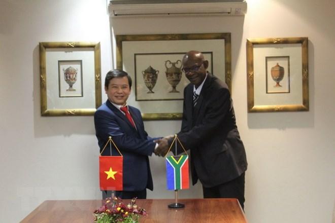 越南与南非签署打击犯罪合作备忘录