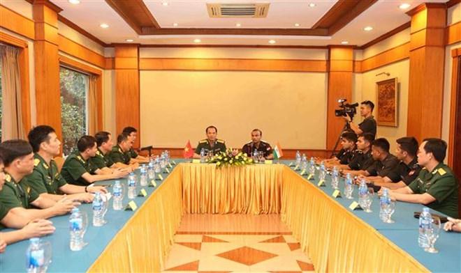 越南与印度青年军官加强交流力度