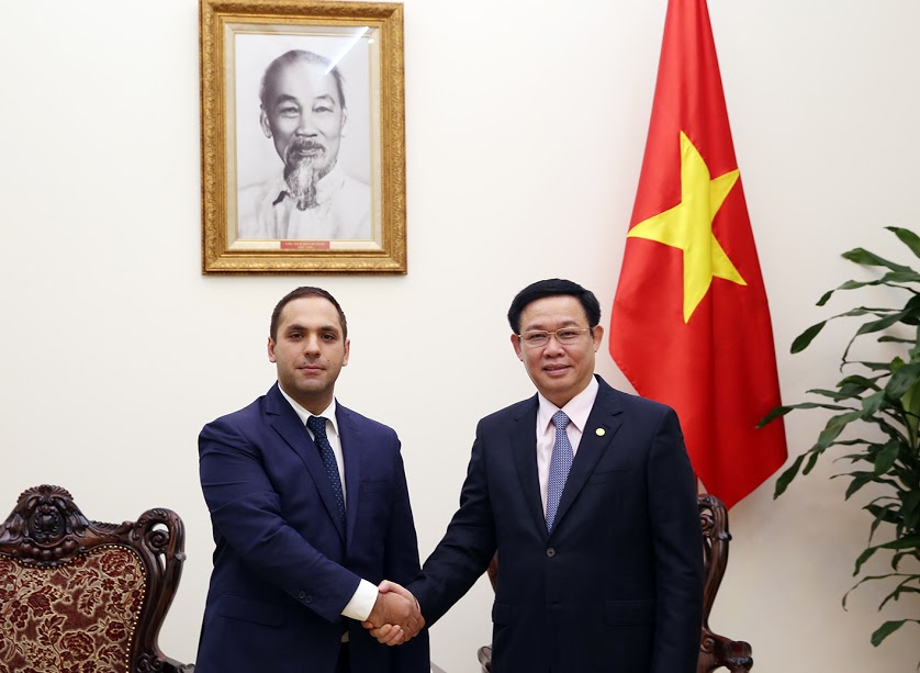 政府副总理王廷惠会见保加利亚经济部部长
