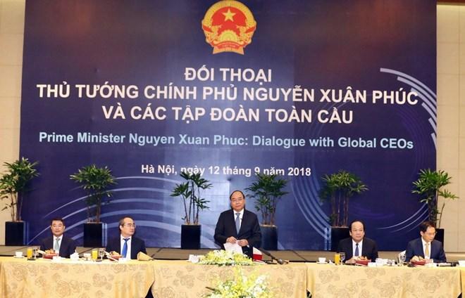 政府总理阮春福与全球各大集团领导进行对话